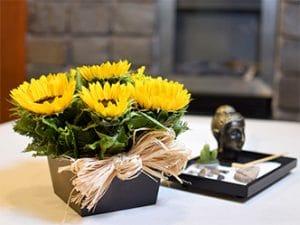 arreglo floral de girasoles