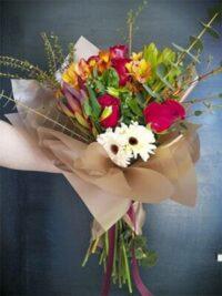 Ramos de flores en colores calidos